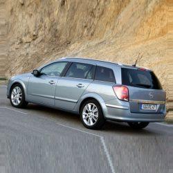 Astra H Caravan 2004-2009